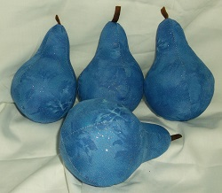 Pear pin cushion approx 6inches high including stalk. A selection in a bowl would look very pretty.
