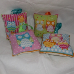 Padded owl lavender bags with hanging ribbon. Price is for 2 which will be sent randomly from selection shown.
