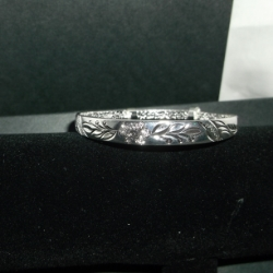 Flower and leaf embossed expanding bangle 925 silver.