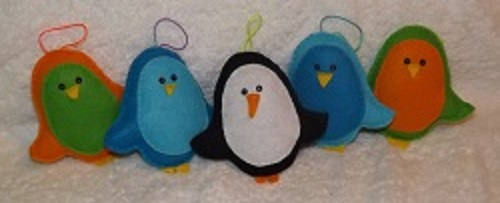 Small felt bird ornaments, various colours available. Can be made to order in your choice of colours.